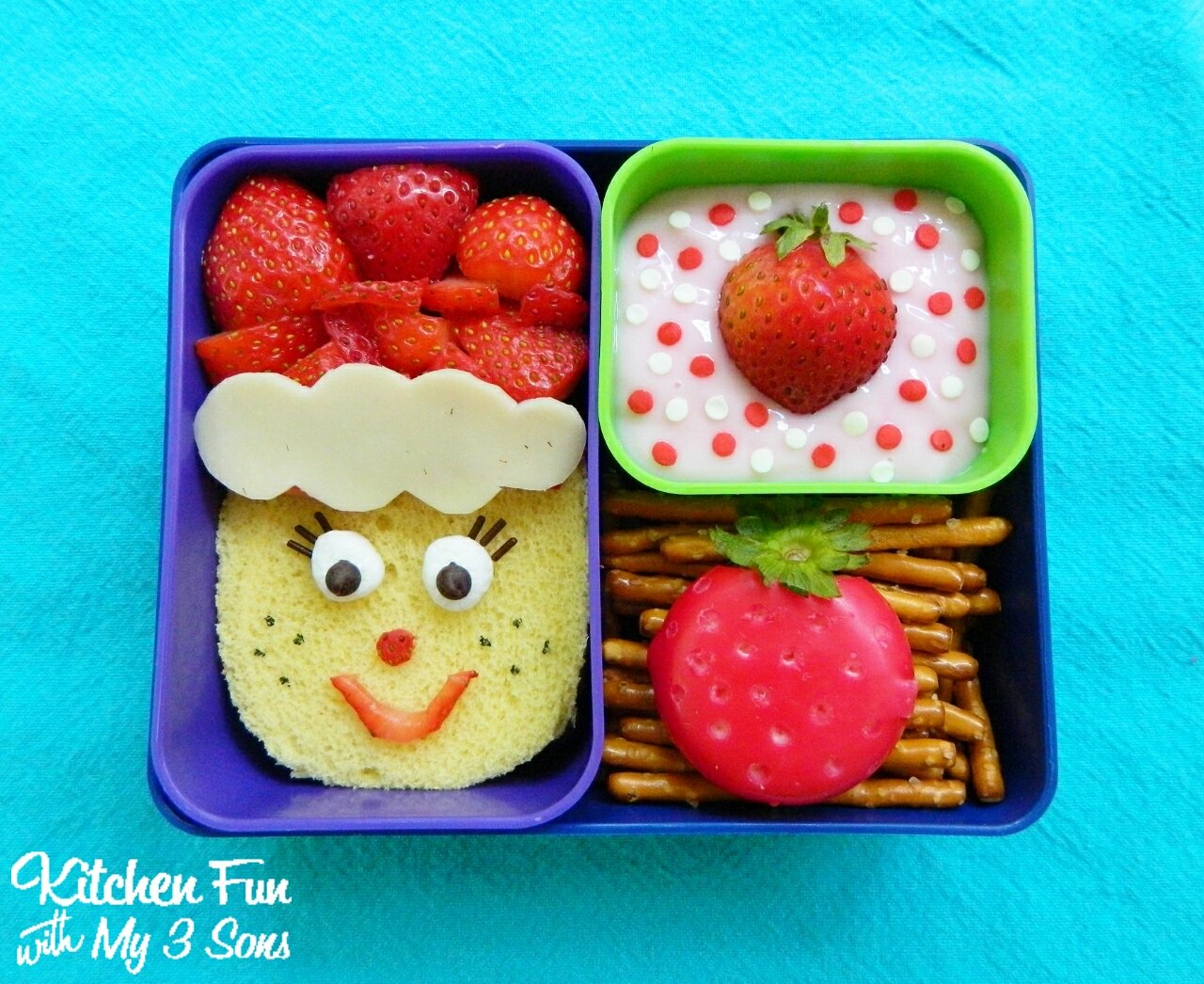strawberry shortcake bento lunch kitchen fun with my 3 sons. Black Bedroom Furniture Sets. Home Design Ideas