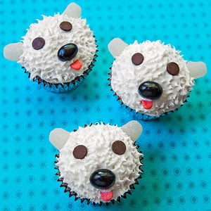 Easy Polar Bear Cupcakes for Family Fun Magazine!