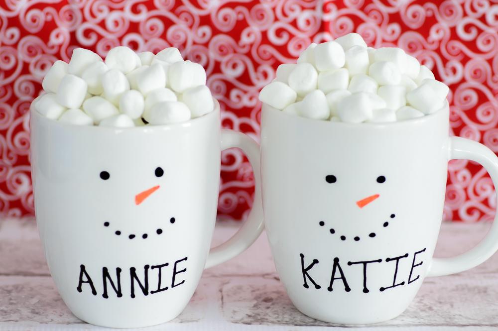 DIY Personalized Snowman Mugs