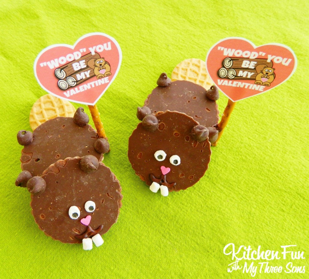 "Valentine Beaver Cookies with a ""Wood"" You Be My Valentine"" FREE Printable! KitchenFunWithMy3Sons.com"