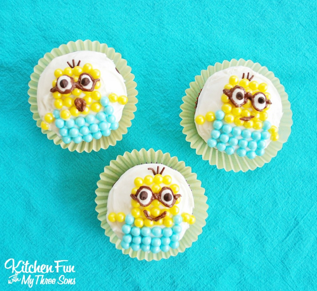 Super Easy Minion Cupcakes from Despicable Me that the kids can create all by themselves! KitchenFunWithMy3Sons.com