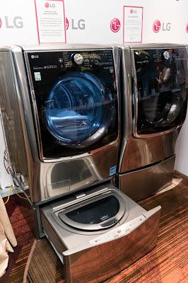 LG TWIN Wash with Sidekick Pedestal Washer
