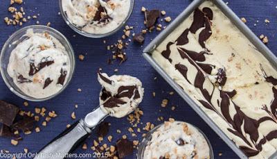 No-Churn Bourbon Vanilla Fudge Swirl with Toffee Bits Ice Cream