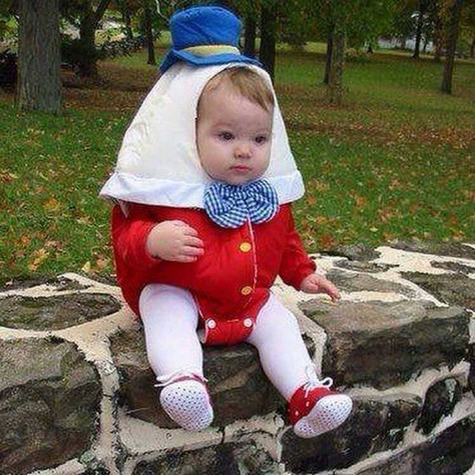 Humpty Dumpty Baby Costume...these are the BEST Halloween Costume ideas for Babies & Kids!
