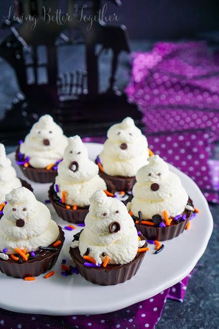 Ghost Chocolate Cream Pie Bites