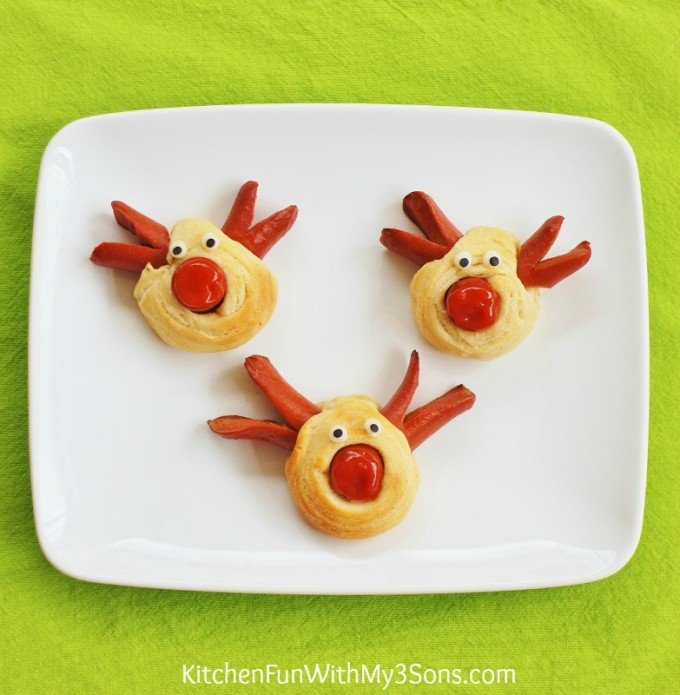Rudolph the Red Nose Reindeer Hot Dogs for Christmas! KitchenFunWithMy3Sons.com