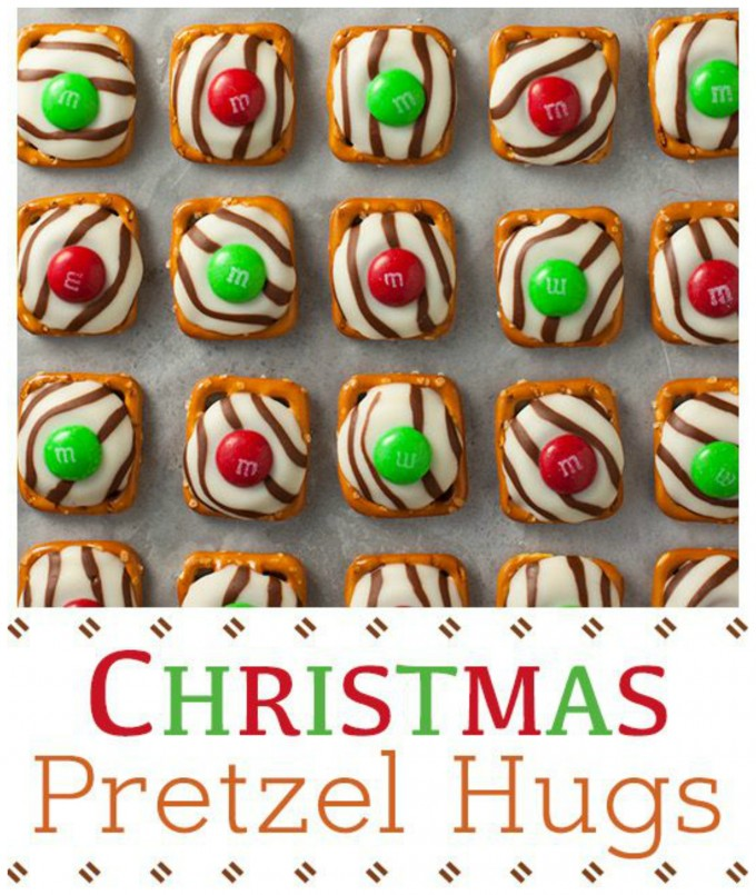Christmas M&M Pretzel Hugs