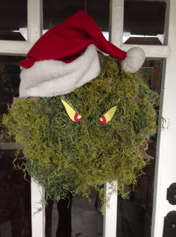 Easy Grinch Wreath for Christmas
