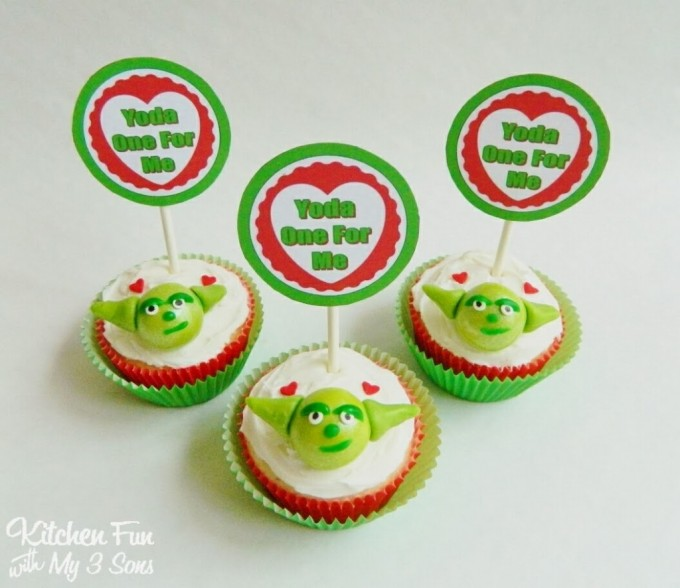 "Star Wars Yoda Valentine's Day Cupcakes ""Yoda One For Me"""