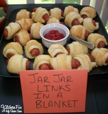 "Star Wars Jar Jar Binks Hot Dogs ""Binks in a Blanket"""