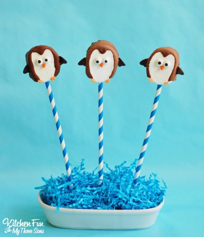 Easy Marshmallow Penguin Pops for Kids
