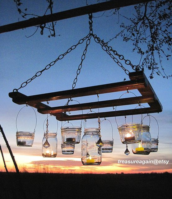 Pallet Mason Jar Solar Hanging Lights...awesome Pallet Ideas!