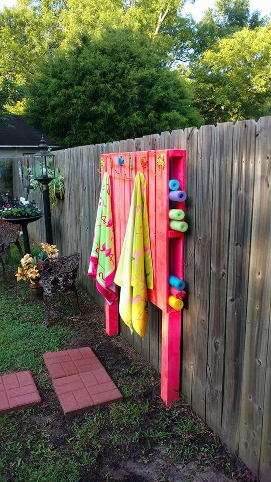 pallet pool noodle towel holderthese are awesome diy pallet wood
