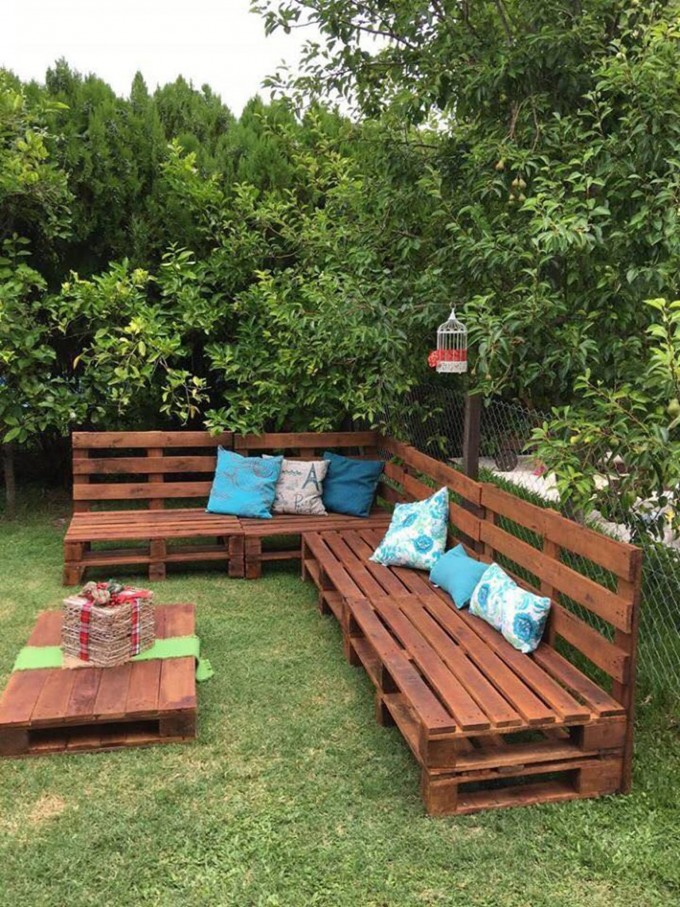 diy outdoor pallet sofathese are the best pallet ideas - Sillon Palets