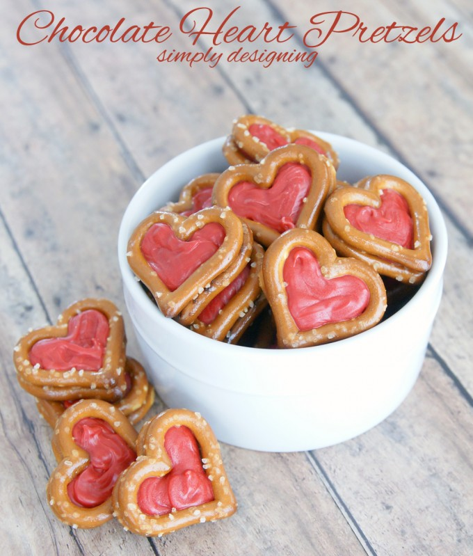 Valentine Chocolate Pretzel Hearts