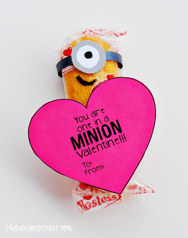 Minion Valentine Twinkie Treats