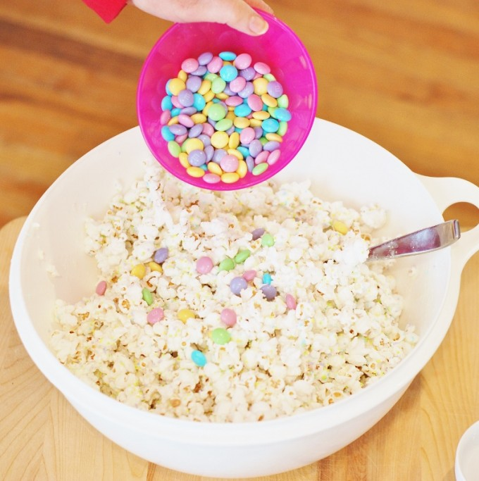 Easter Bunny Bait White Chocolate Funfetti Popcorn with a Free Printable from KitchenFunWithMy3Sons.com