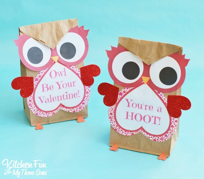 graphic about Printable Valentine Craft named Valentine Owl Craft - Paper Take care of Baggage with a Free of charge Printable