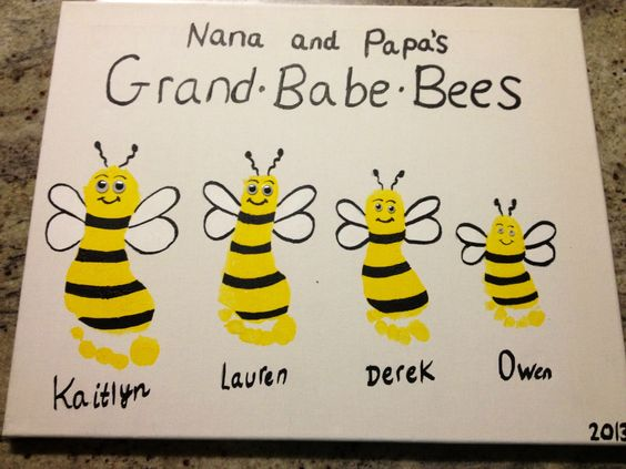 Footprint Bee Art...Nana and Papa's Grand-Babe-Bees. SO cute!