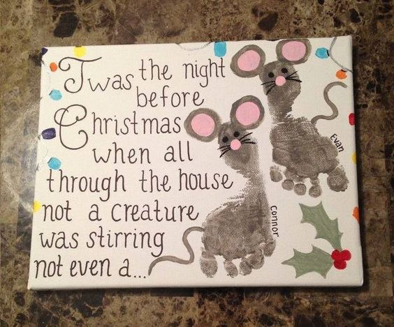 Christmas Mouse Footprint Art...what a fun Holiday Keepsake! These are the BEST Handprint & Footprint Craft Ideas!