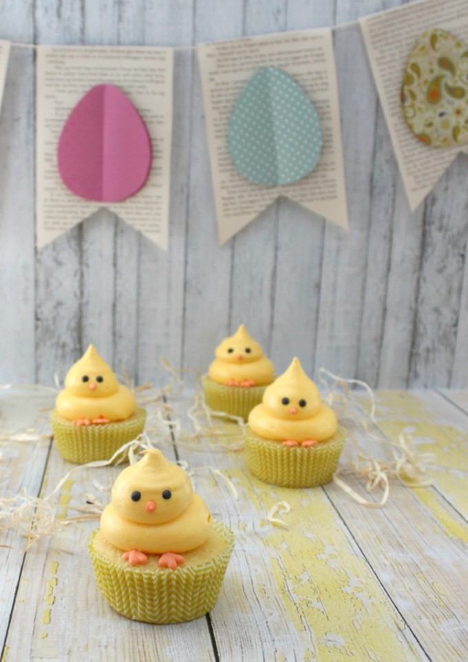 Spring Chick Cupcakes for Easter!