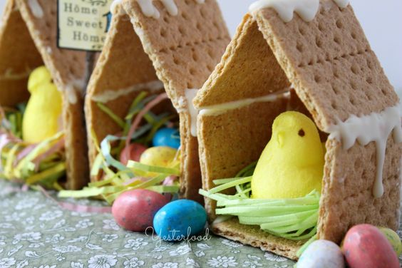 Graham Cracker Peeps Houses