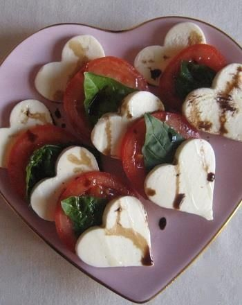 Valentine Caprese Heart Salad