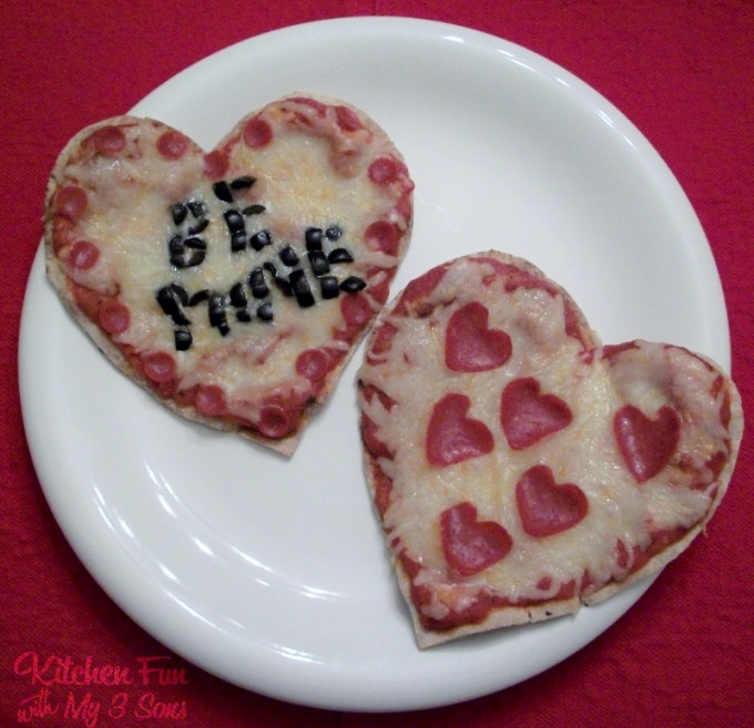 Valentine Heart Pita Pizza