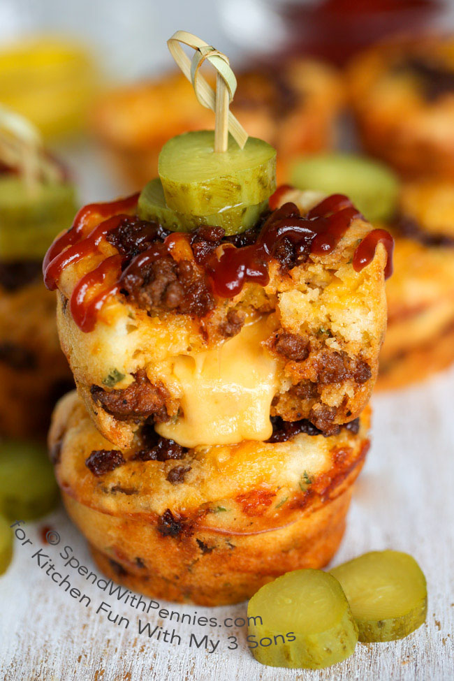 Easy Cheeseburger Puffs are the perfect handheld snack for lunch, after school snack or even for game day! Zesty beef, gooey cheese and loads of flavor!