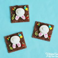 Easy Garden Bunny Butt Cookies made with Graham Crackers, Marshmallows, & Sprinkles...so cute for Easter! KitchenFunWithMy3Sons.com