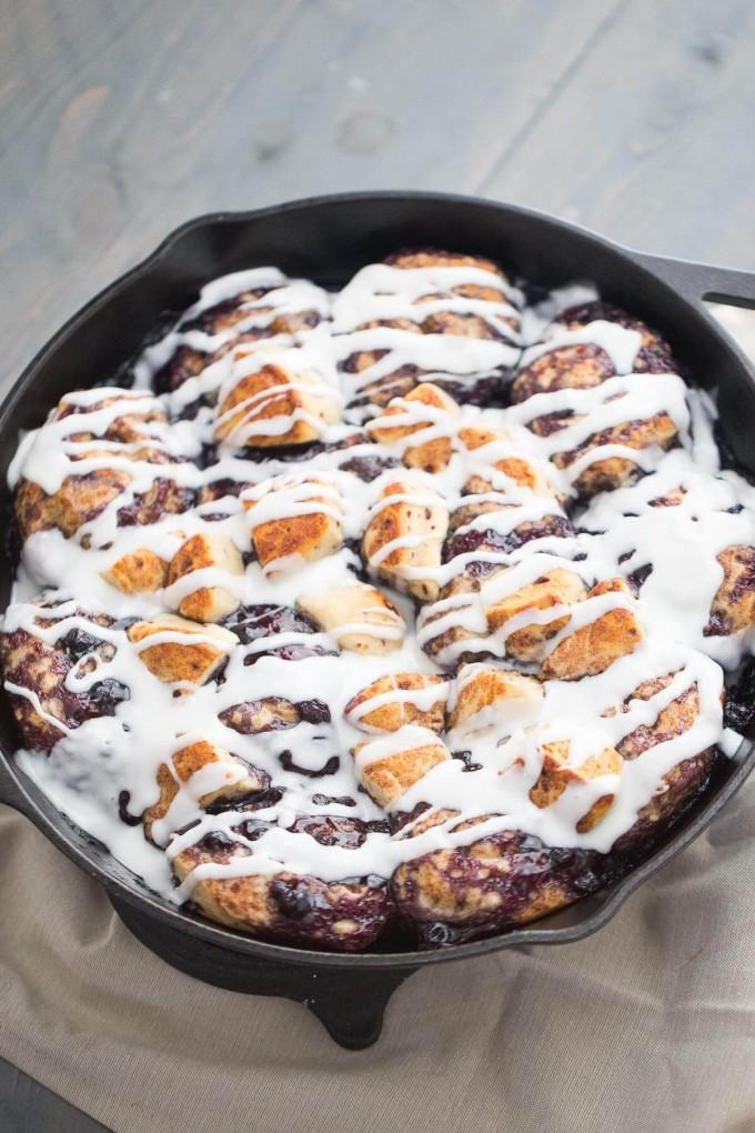 Quick Blueberry Cinnamon Rolls