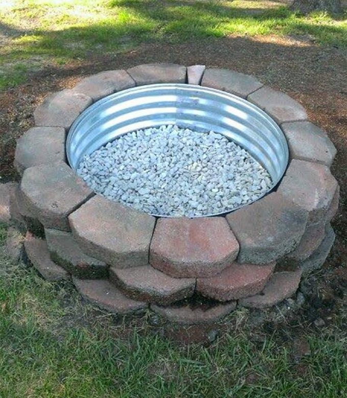 DIY Firepit using Landscaping Rocks...these are the BEST DIY Garden & Yard Ideas!