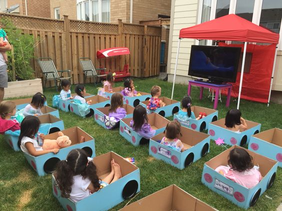 Outdoor Drive-In Movie Party....these are the BEST Party Ideas!