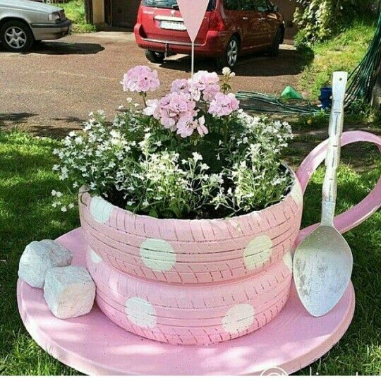 Teacup Planter Made With Old Tiresthese Are The BEST Garden Ideas