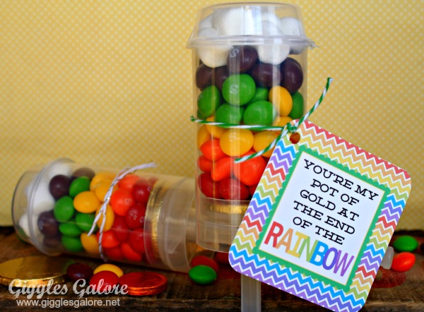 Rainbow Candy Push-Up Pops for St. Patrick's Day!