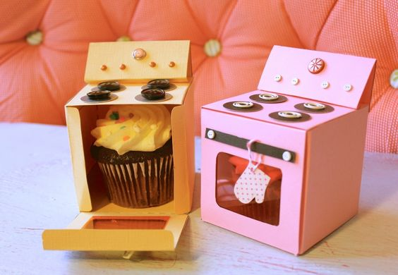 Mini Oven Cupcake Boxes for Gifts!