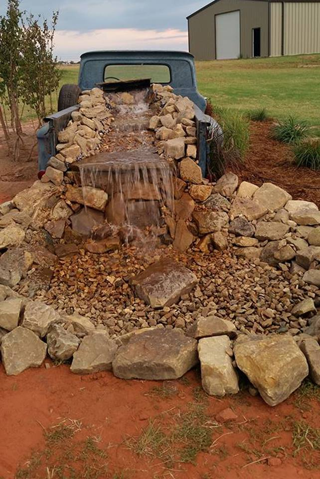 Vintage Truck Waterfall Pond...these are the BEST Garden & DIY Yard Ideas!