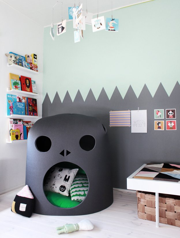 Gorilla Reading Nook