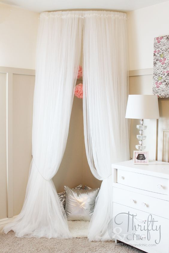 Canopy Reading Tent Nook