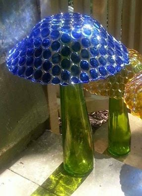 DIY Glass Mushrooms using a Glass Bowl & Bottle....these are the BEST Yard Art Ideas!