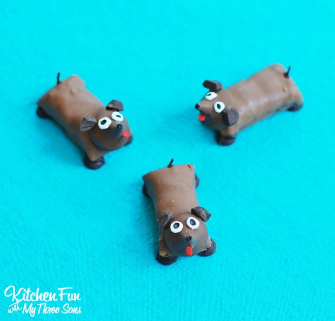 Candy Bar Dogs....such a fun treat for the kids!