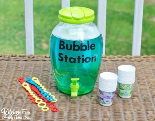DIY Bubble Refill Station & Homemade Bubbles Recipe!