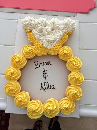 Diamond Ring Cupcake Cake