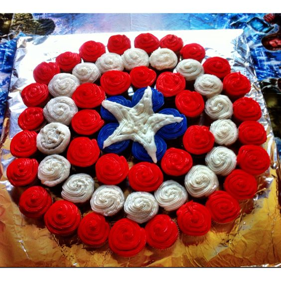 Captain America Pull-Apart Cupcake Cake