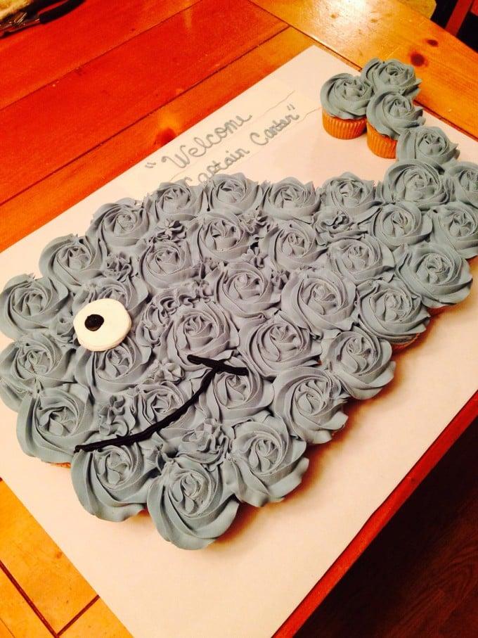 How To Make A Whale Cupcake Cake