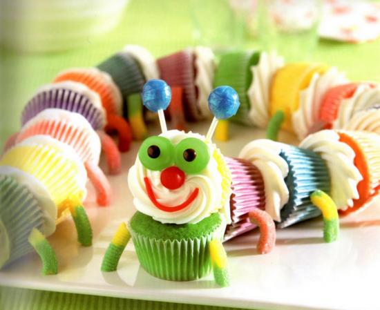 Caterpillar Pull-Apart Cupcakes