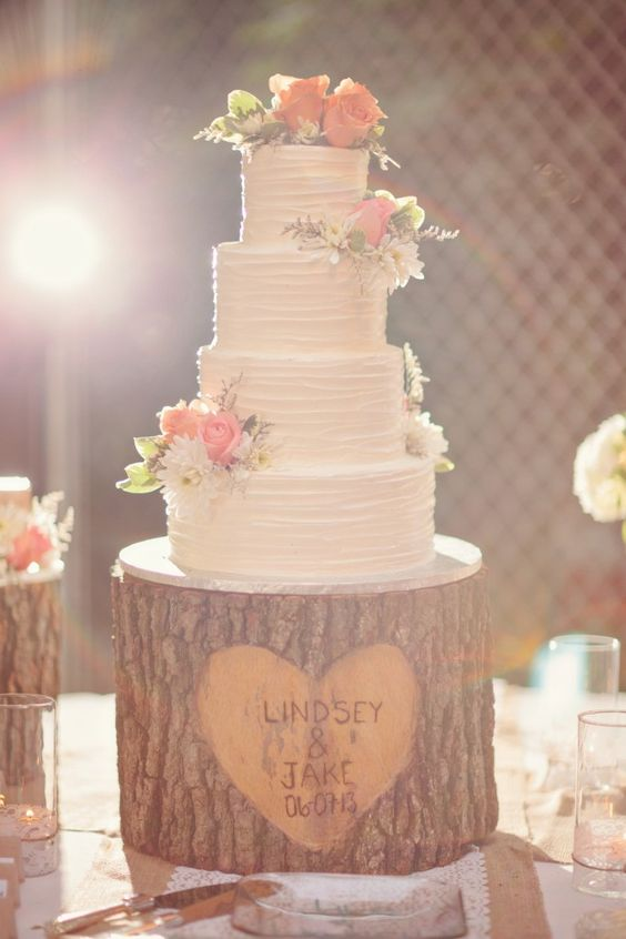Wedding Cake with Carved Tree Stump Cake Stand...these are the BEST Cake Ideas!
