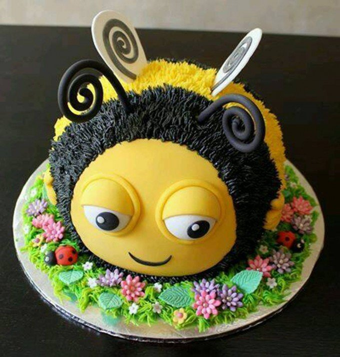 Bumble Bee Birthday Cake Ideas