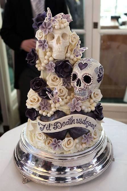 'Til Death Us Do Part Halloween Wedding Cake...these are the BEST Cake Ideas!