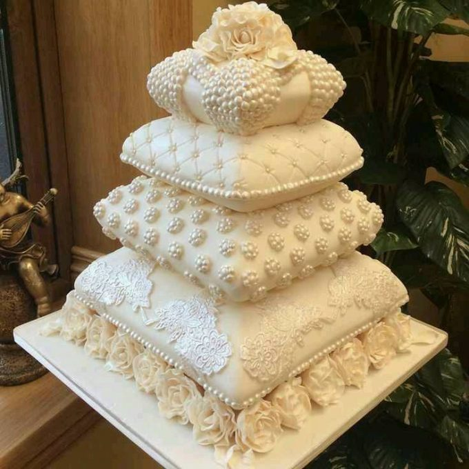 Stacked Pillow Cake...these are the BEST Cake Ideas!